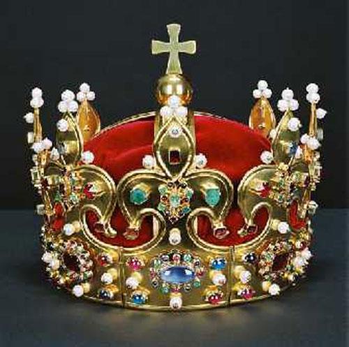 odtworzona współcześnie tzw korona Chrobrego